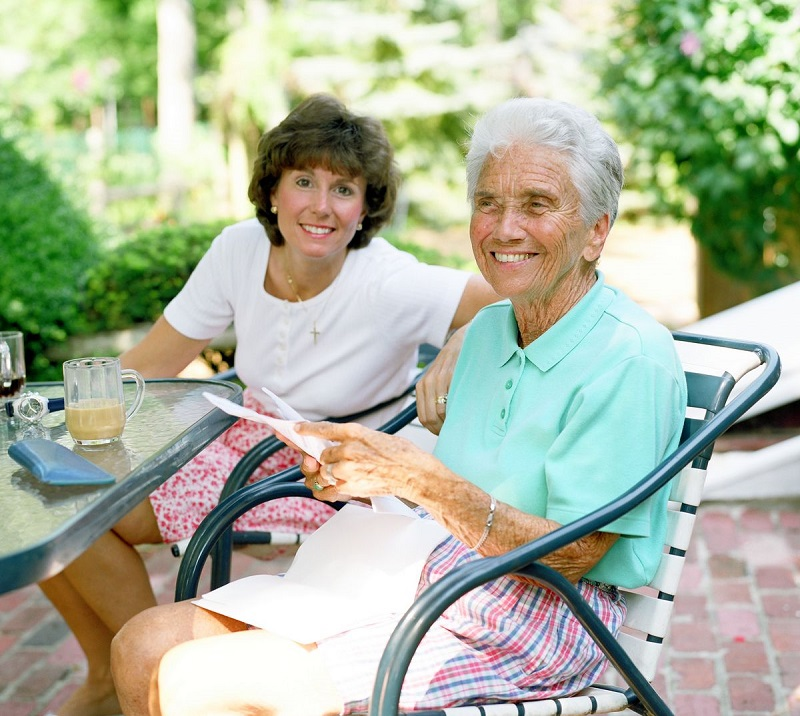 What Does a Home Care Service For Elderly People Entails